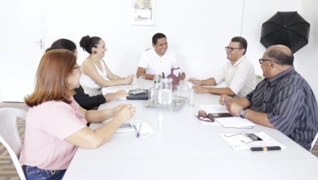 Covid-19 – Prefeitura de Palmeira antecipa salário de servidores da Educação e programas da Assistência