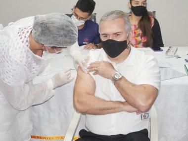 Secretaria de Saúde divulga novo cronograma da vacina contra a Covid-19 para os profissionais da Saúde, em Palmeira