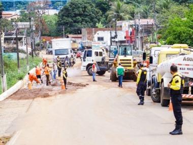 Após temporal Prefeitura de Palmeira faz limpeza na cidade; Semarh envia Alerta Meteorológico