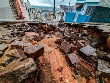 SMS inicia levantamento de famílias em vulnerabilidade devido às fortes chuvas, em Palmeira