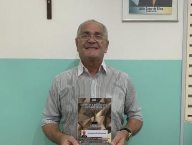 Secretário de Saúde recebe homenagem como secretário destaque em Palmeira