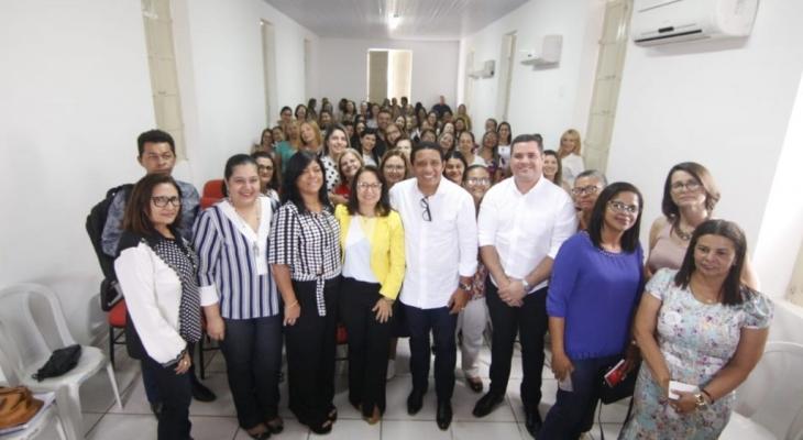 Prefeitura de Palmeira recebe escolas de Coruripe para troca de experiências