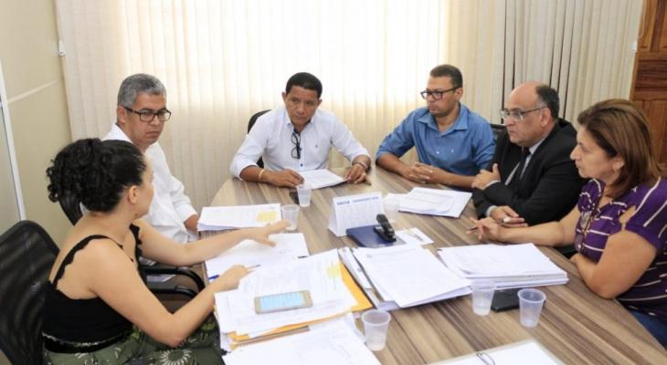 Prefeitura de Palmeira realiza pagamento de servidores nesta quinta (31)