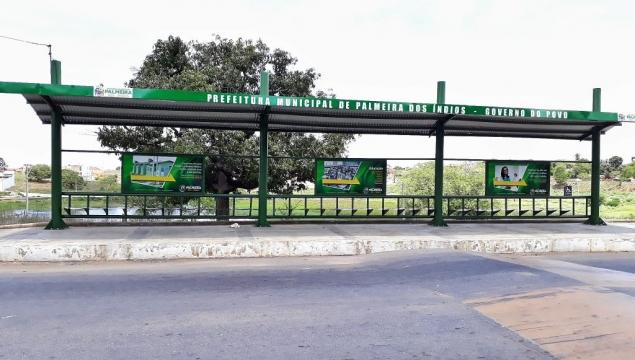 Prefeitura implanta novas paradas de passageiros e transporte, em Palmeira