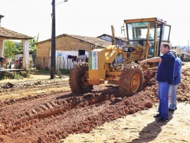 Prefeitura intensifica frente de serviços nas comunidades de Anum Novo e Lagoa do Rancho