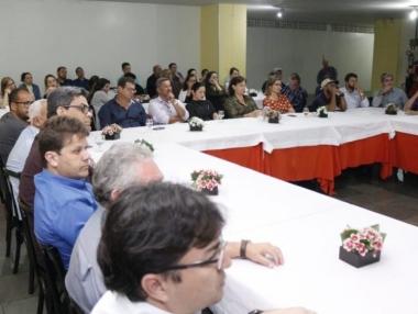 Prefeitura de Palmeira realiza workshop sobre energia solar para empresários