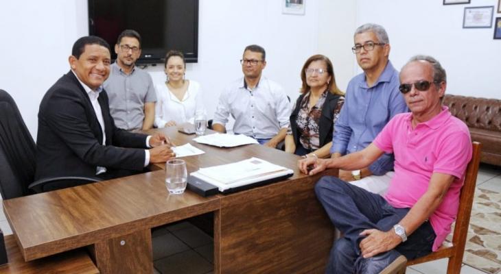 Prefeitura de Palmeira iniciapagamentodeservidoresnesta sexta (30)