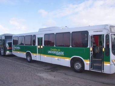 Ônibus Universitário transforma em realidade o sonho de centenas de alunos em Palmeira