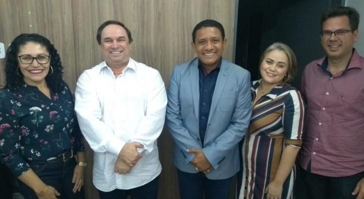 Prefeitura e Governo do Estado alinham municipalização do transporte escolar, em Palmeira